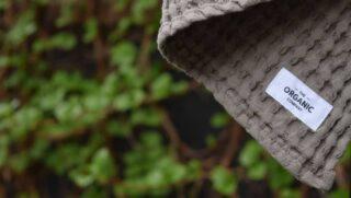 Nu är tävligen om kittet från The Organic Company avslutad! Vinnaren genom lottning i Story är @annesophienorling 🥇 Stort grattis och tusen tack till alla som var med! Vi har genom detta lärt oss en hel del nya danska ord, de tackar vi också för 😄 💚 Det kommer fler tävlingar framöver och hoppas ni är med även nästa gång! #gronatryck #theorganiccompany #ekologiskt #tävlig